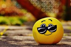 smiley-1271133_1280.jpg